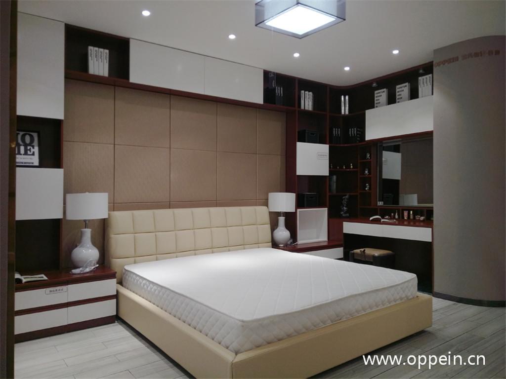 新中式卧室床头背景墙装修图片