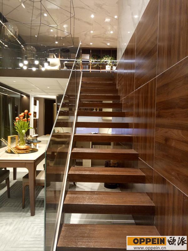 错层楼梯设计效果图